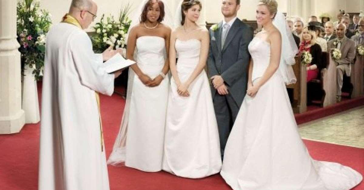 Dating Site pentru poligamie)