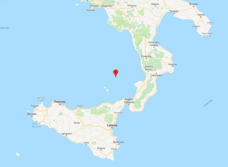 Un turist a murit în urma erupției vulcanului Stromboli din Italia