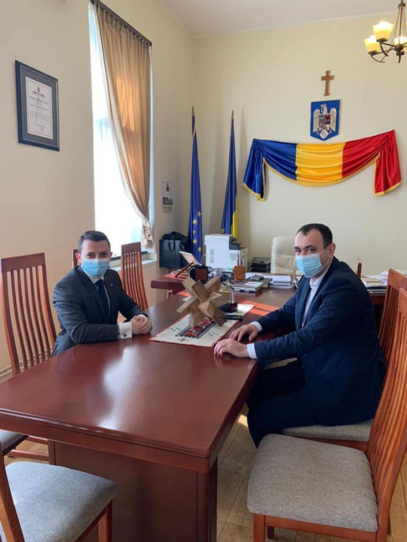 SIGHET - Prefectul Vlad Duruș a încercat să medieze conflictul dintre Primar, Viceprimar și Consiliul local